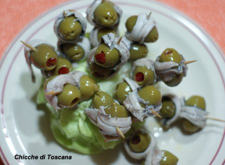 Stuzzichini olive e alici
