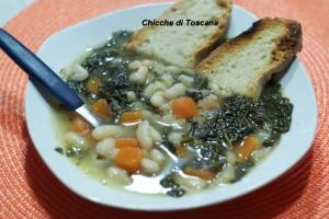 Zuppa di zucca, cavolo nero e fagioli