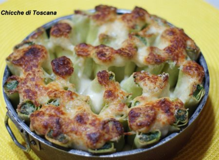 Cannelloni ripieni di ricotta e spinaci