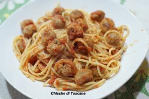 Spaghetti con le mini polpettine