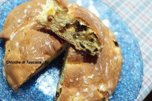 Girandola di pan brioche con crema, mele e uvetta