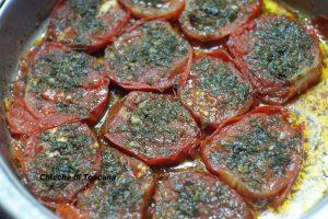 Pomodori  in padella con erbette