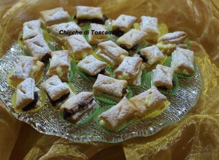 Bocconcini dolci di sfoglia ripieni