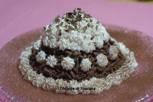 Montebianco dolce con castagne, cacao e panna