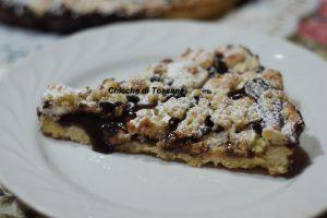 Crostata in briciole con crema di castagne e ricotta