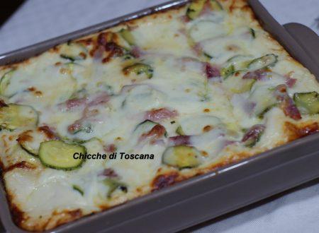 Lasagne filanti con zucchine e prosciutto