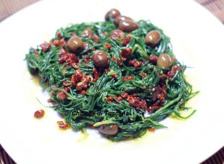 Agretti con olive taggiasche e pomodori secchi