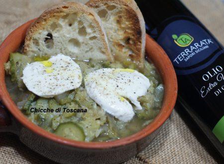 Zuppa con verza zucchine e mozzarella