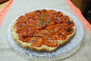 Torta rovesciata con pomodori