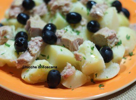Insalata fredda di patate e olive
